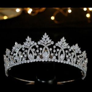 Tiara / bridal crown AAA cubic zirconia